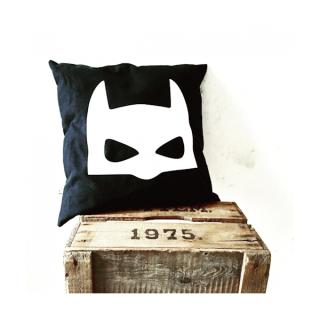 Kussen_superheld_batman_stoere_kinderkamer_accessoire_superhelden_kinderkleding