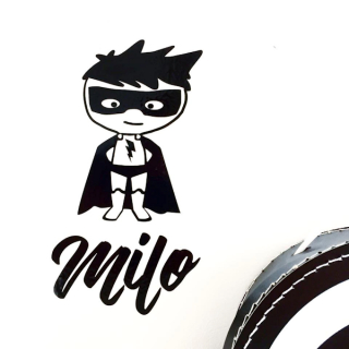 muursticker-superheld-eigen-naam