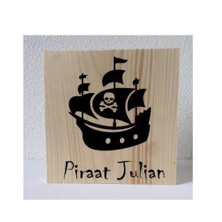 piratenschip met naam decoratie
