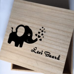 kraamkado olifantje geboortebox