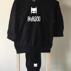 babypyjama batman met naam