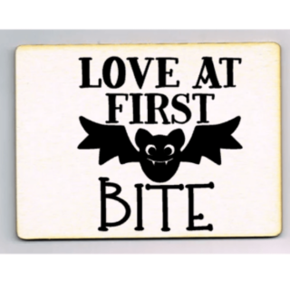 houten ansichtkaart love at first bite batman