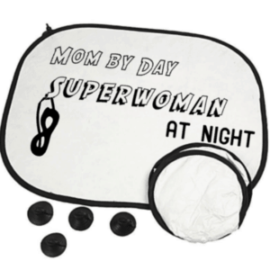zonnescherm mom by day Superwoman at night
